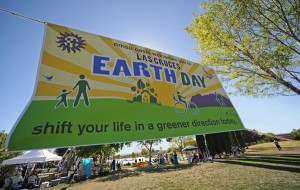 2009/04/18: Oasis Las Cruces Earthday event at Young Park. (photo by Robert Yee)